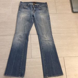 Women's Arden B Light Wash Jeans
